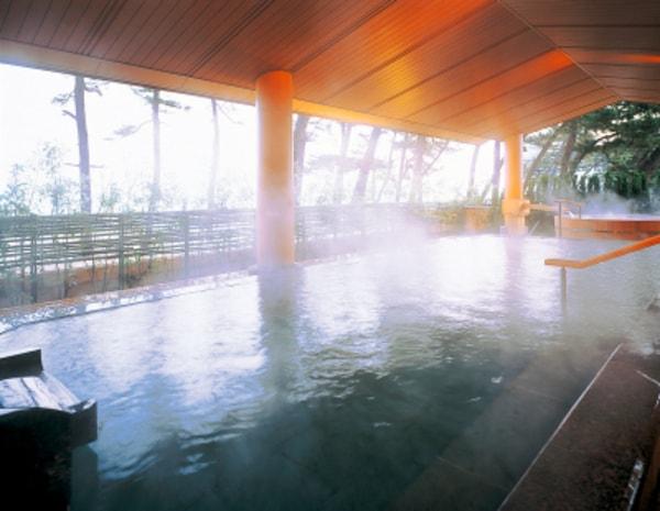女性大浴場 大山の湯屋露天風呂(湯賓館2階)