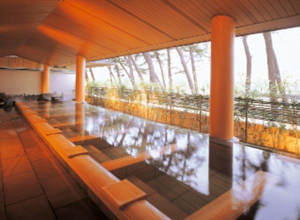 華水亭 男性大浴場 松風の湯寝湯(湯賓館2階)