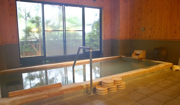 安田屋旅館 1階大浴場