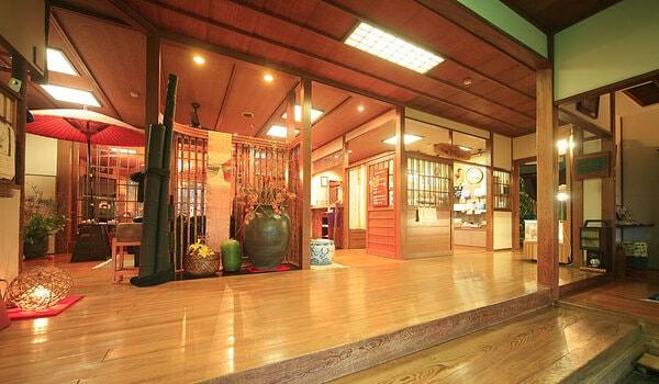 安田屋旅館 玄関