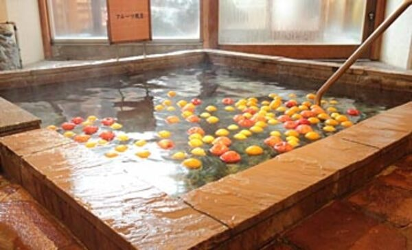 フルーツ風呂(女湯)