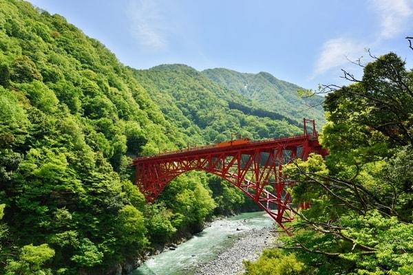 黒部峡谷トロッコ電車 新山彦橋