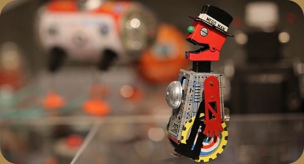 鉄道模型とブリキのおもちゃ
