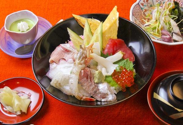 ランチ海鮮寿司(一例)