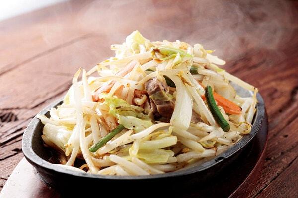 鉄板のっけ盛り 野菜炒め(一例)