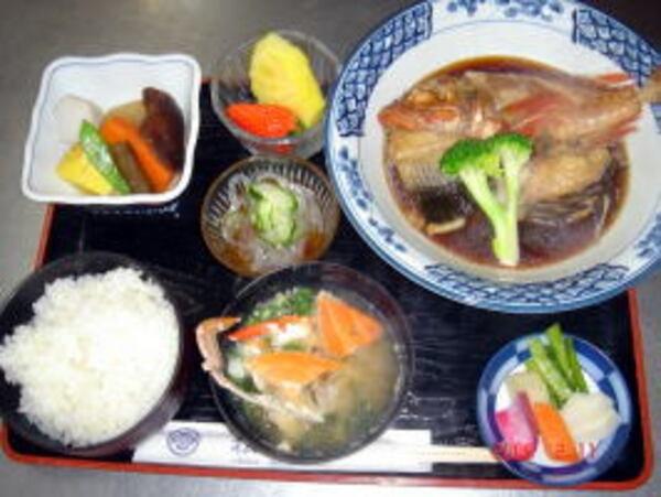 煮魚定食(一例)