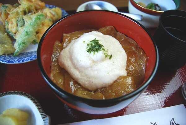 鯛とろろ(料理一例)