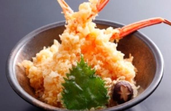 お食事処おこっぺ カニ天丼(料理一例)