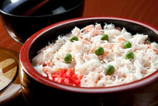 かにちらし寿司(一例)