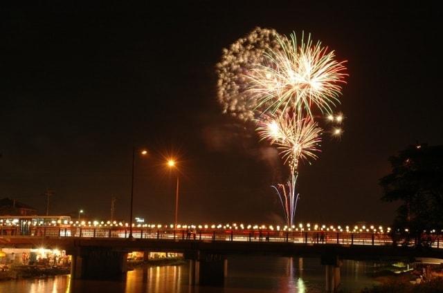 甘木川河畔流灌頂花火大会<中止となりました>