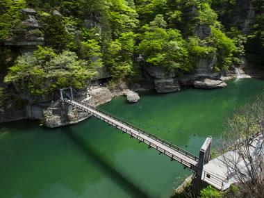 【芦ノ牧温泉】塔のへつりなどの自然散策、史跡めぐりが楽しい温泉