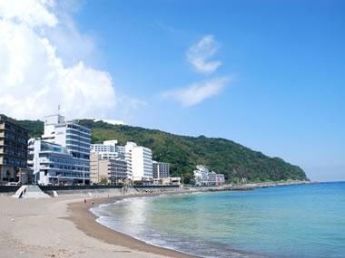 【熱川温泉】綺麗な海を間近にしたリゾート温泉