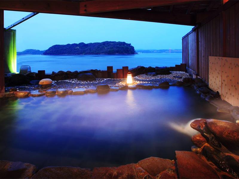【平戸温泉】異国情緒あふれる平戸で入るトロトロ泉質の「美人の湯」