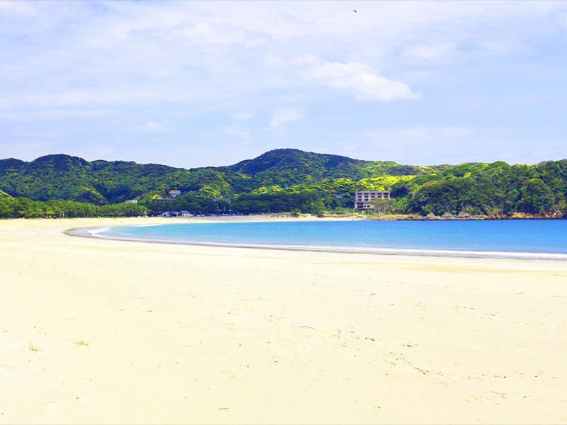 【弓ヶ浜温泉】自然が織りなす壮大な白と青のコントラスト