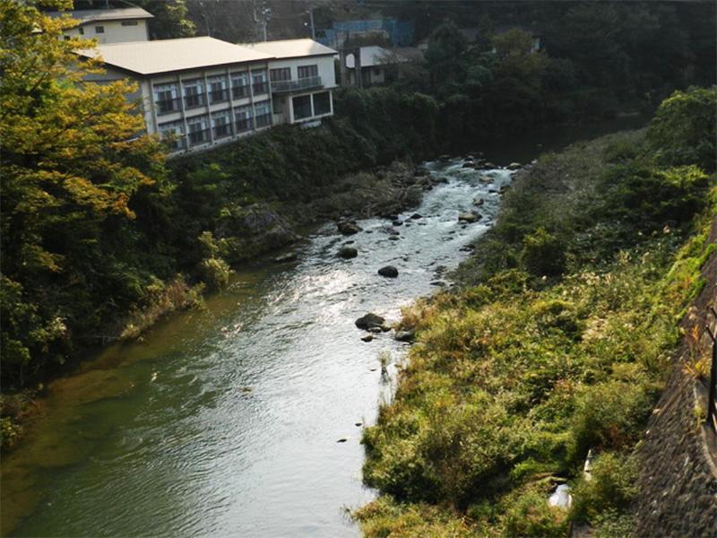 【穴原温泉】飯坂の奥地に佇む静かな離れ座敷
