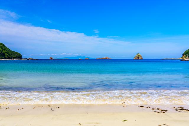 【伊豆白浜温泉】真っ白なビーチ、透き通る海!気分はマーメイド