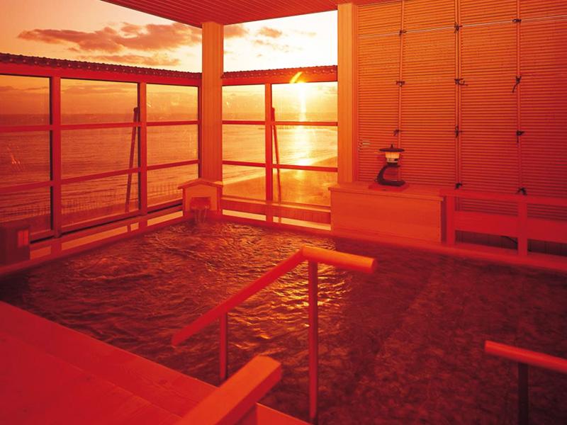 【南知多 山海温泉】雄大な伊勢湾の眺望を誇る温泉地