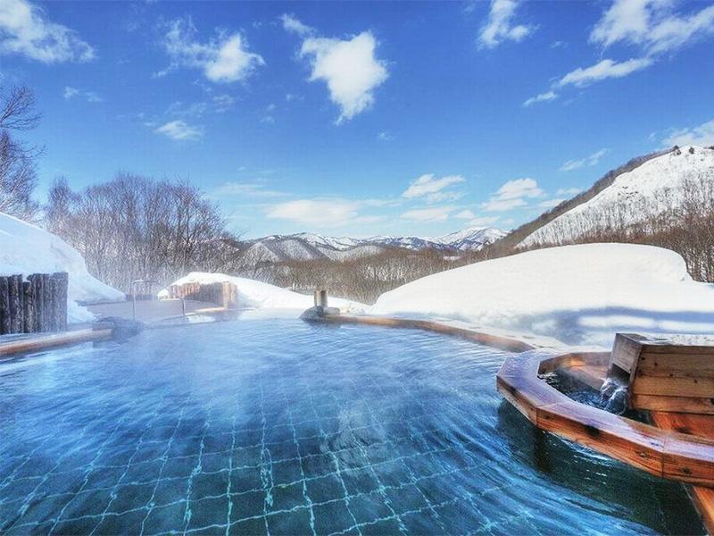 【水上温泉郷 上の原温泉】2000m級の山並みを望む温泉地
