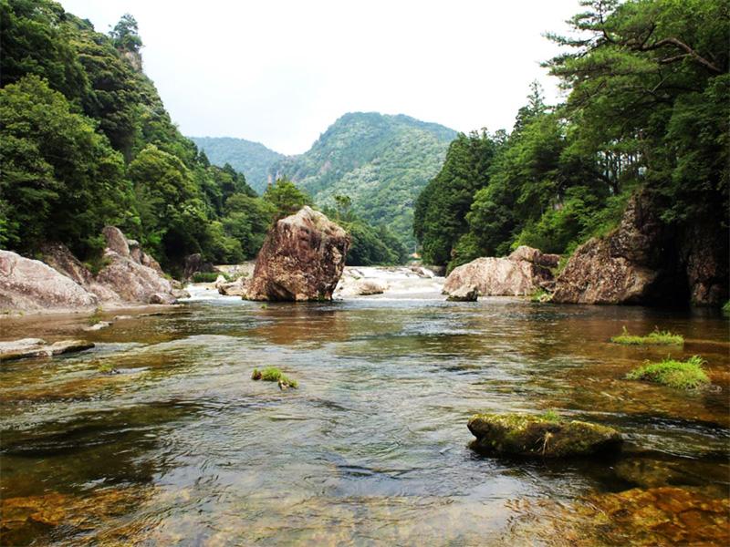 【湯谷温泉】日本百名湯。開湯約1300年の歴史と美しい渓谷が自慢の温泉郷