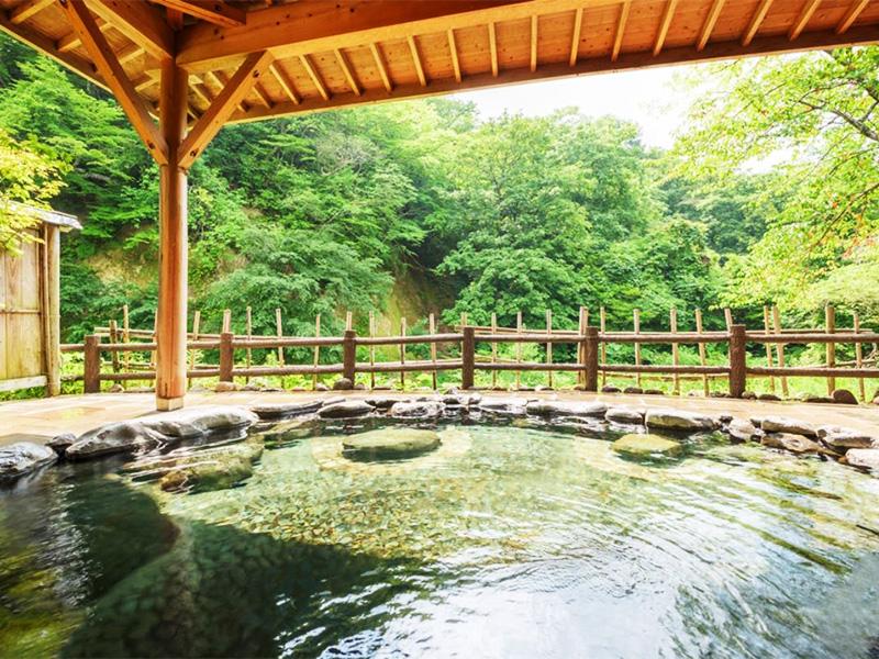 【瀬美温泉】夏油渓谷に三種類の異なる源泉が湧く温泉