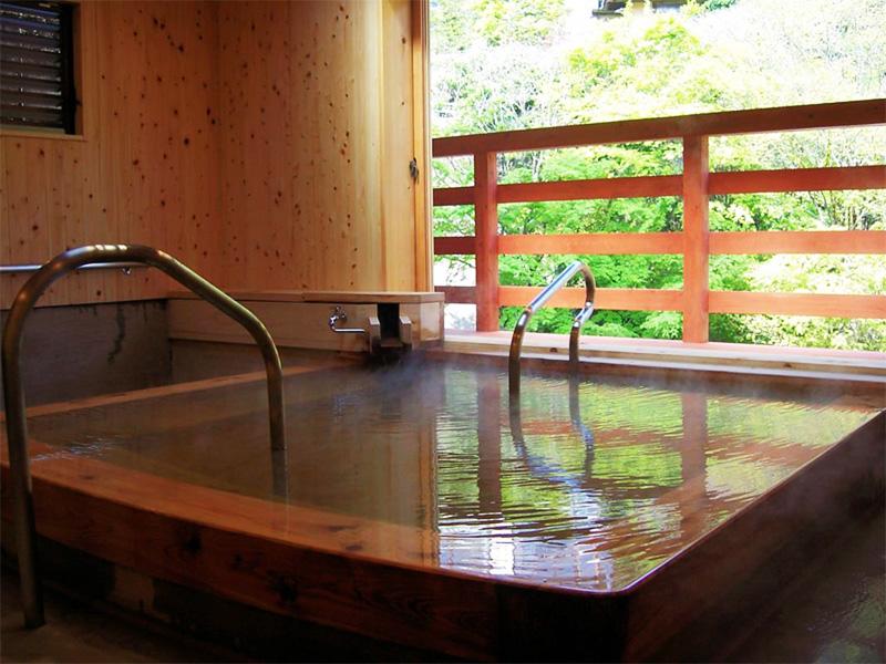 【湯平温泉】湯布院の奥座敷に静かに佇む天下の名湯
