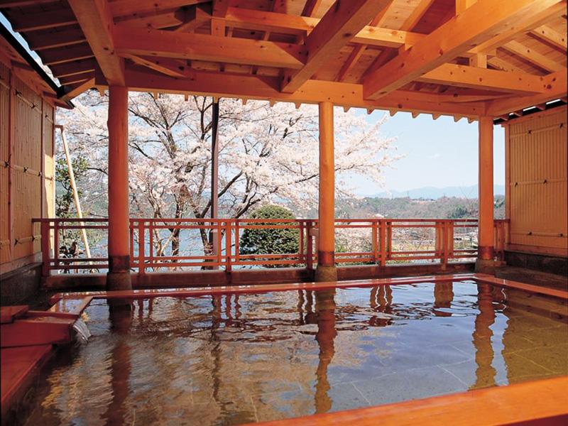 【恵那峡温泉】絶景の恵那峡で四季の自然と良湯を愉しむ