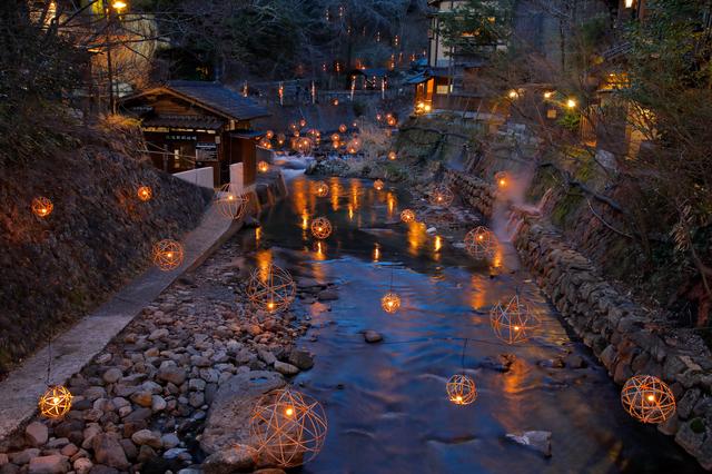 【黒川温泉】街全体が一つの旅館のよう。通りは廊下、旅館は客室