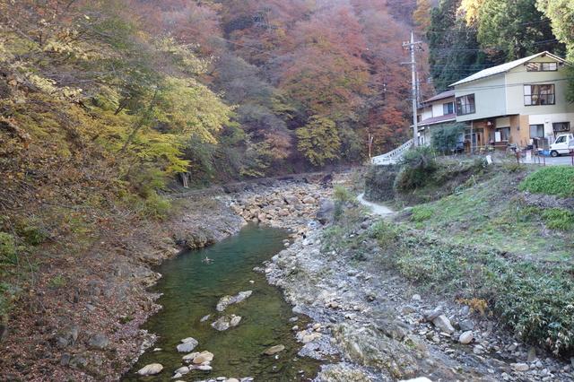 【尻焼温泉】長笹沢川をせき止めて作った巨大露天風呂