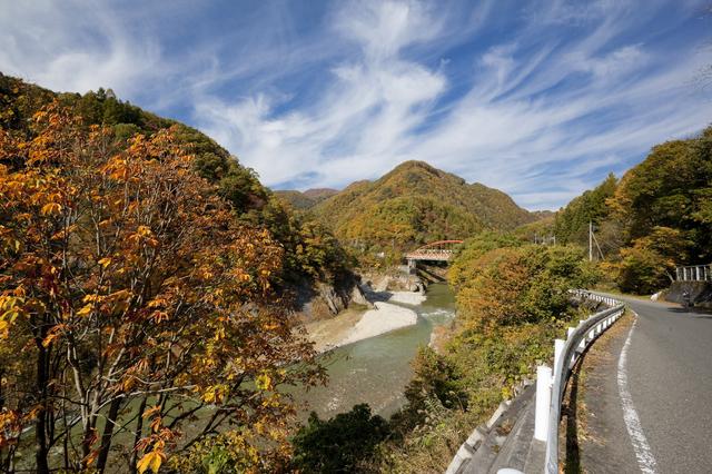 【宝川温泉】延べ面積470畳の大きさを誇る大露天風呂