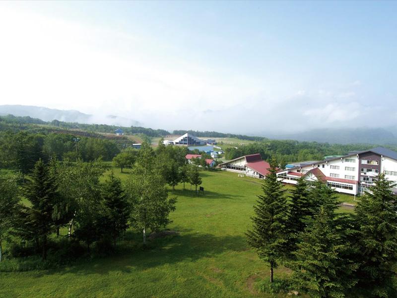 【会津高原温泉】会津高原の美しい自然中に湧く温泉
