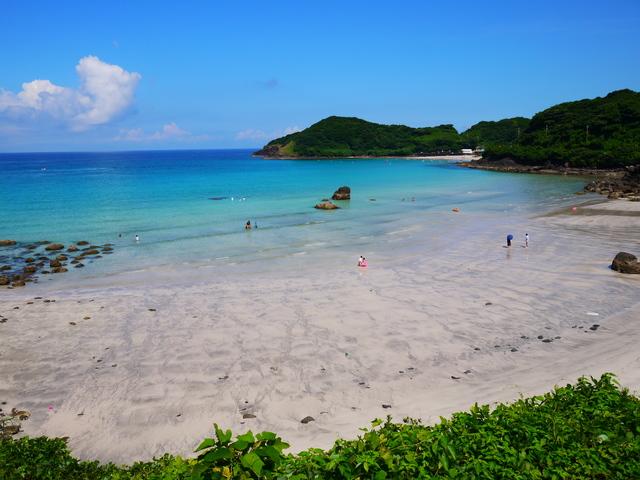 【平戸千里ケ浜温泉】コバルトブルーの海近くに湧く、西九州最大級の露天風呂