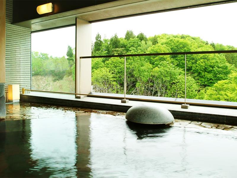 【津南温泉】日本一の河岸段丘に湧く人々の生活に根付く温泉