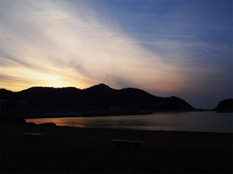【浅茂川浦島温泉】浦島太郎伝説ゆかりの海岸に湧き出る温泉