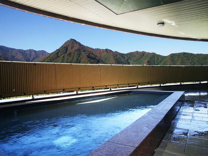 【越後中里温泉】露天温泉&プール付き施設充実大型リゾートホテル