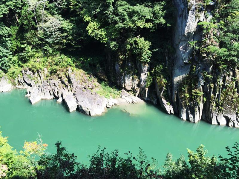 【天竜水神温泉】暴れ川・天竜を眼下に望む絶景の湯