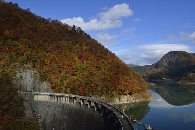 【中山平温泉】鳴子峡の紅葉とトロトロの極上湯に癒される