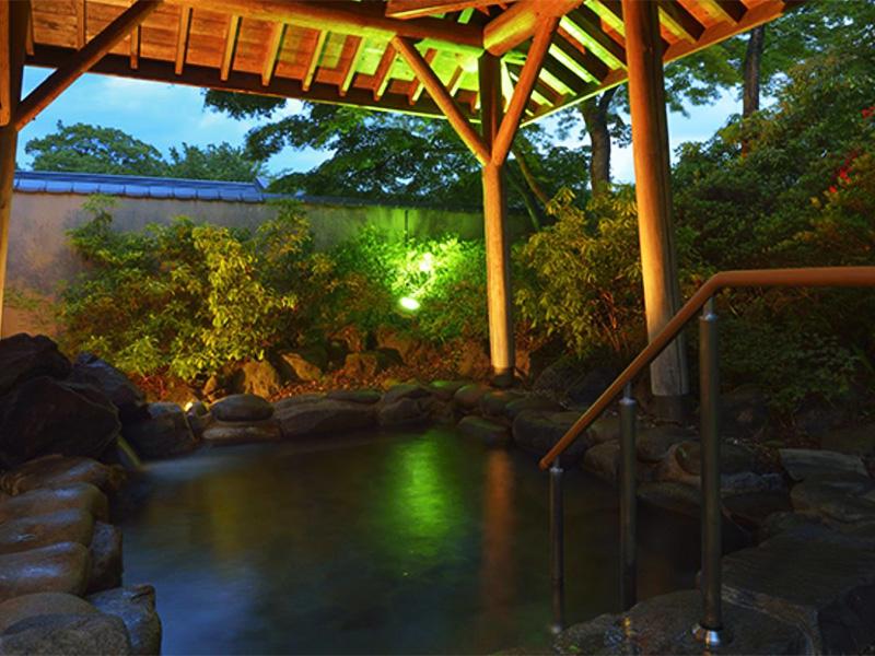 【吾妻峡温泉】吾妻渓谷と岩櫃山を愛でるゆったり湯の旅