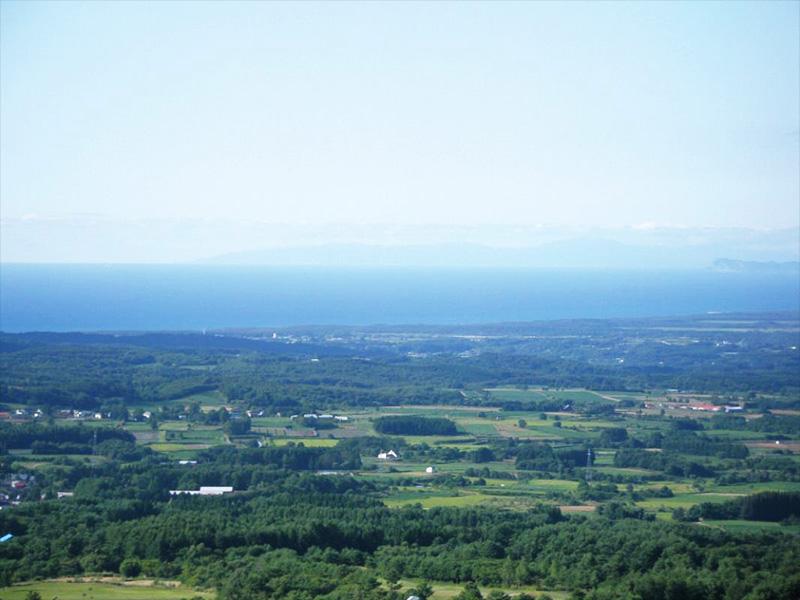 【鯵ヶ沢高原温泉】津軽平野と日本海を望むことができる鰺ヶ沢高原温泉