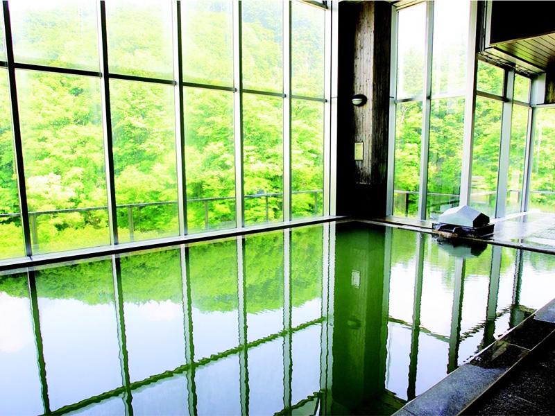 【肘折温泉】湯治効果が期待される有効成分をたっぷりと含んだ湯