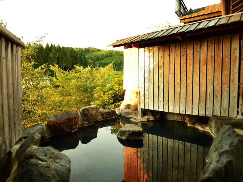 【田の原温泉】縁結びの神様が眠る山里の情緒豊かな温泉地
