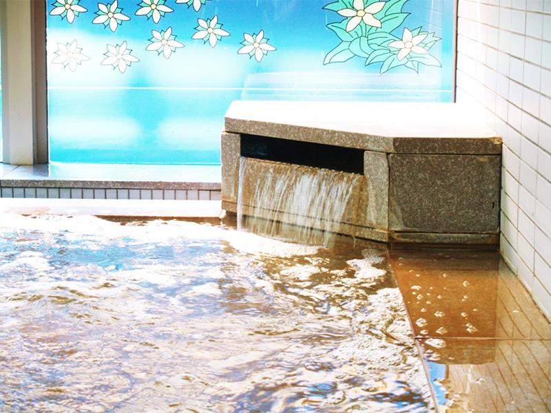 【鳥海温泉】名峰「鳥海山」の麓に湧く美肌湯