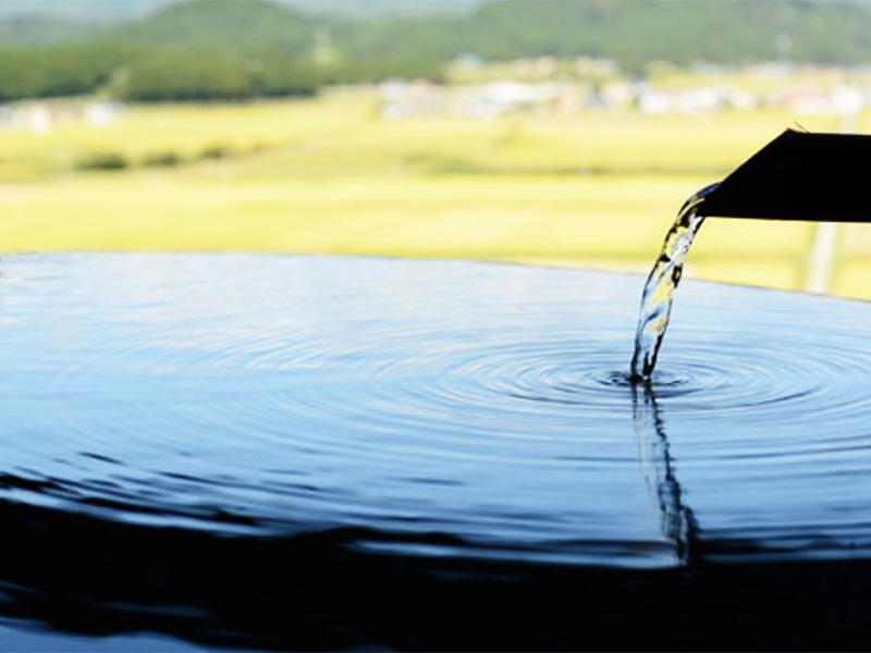 【大堀温泉】最上の雄大な自然の中に湧く温泉