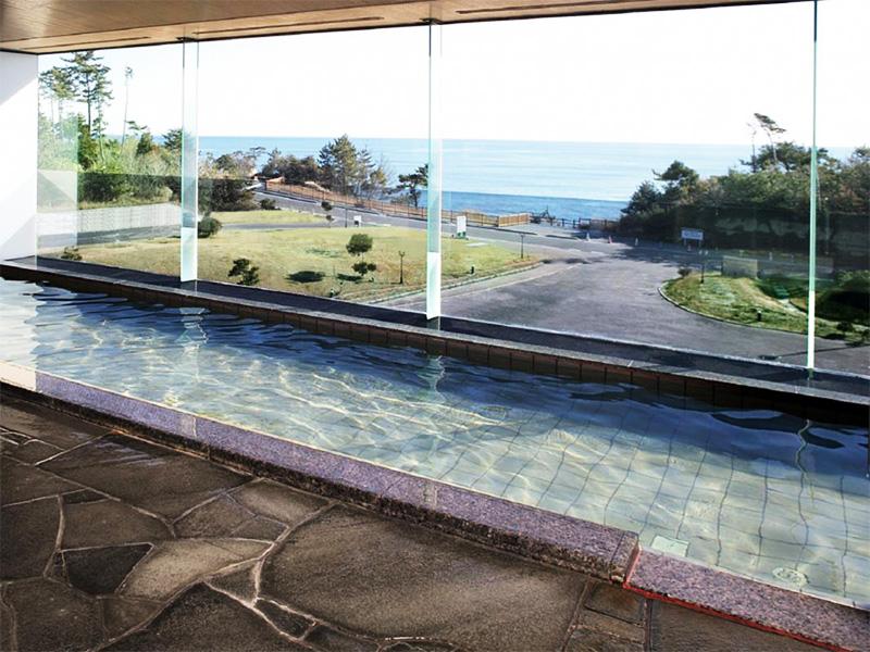 【三崎温泉】展望風呂からのオーシャンビューが絶景の温泉