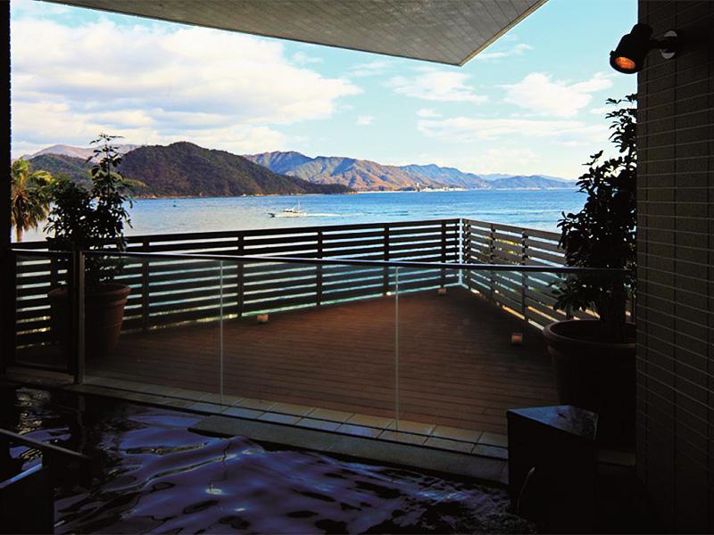 【広島温泉】瀬戸内海を一望! 高級ホテル内のラグジュアリーな天然温泉