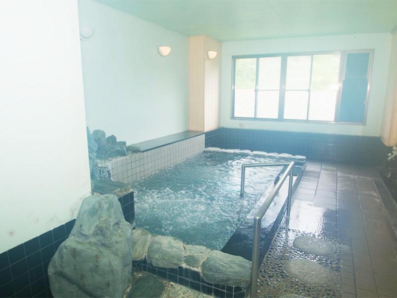 【美又温泉】「日本一の美人湯」との評判も高い川沿いの温泉