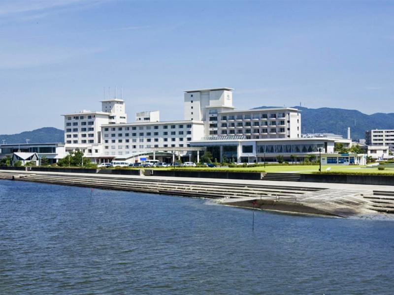 【蒲郡温泉】眺めの良い三河湾の名勝竹島付近に湧く温泉