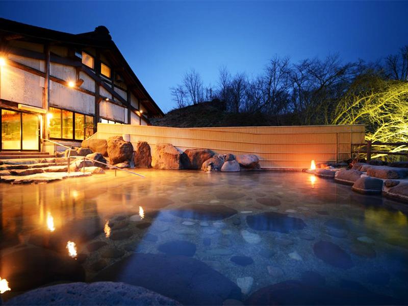 【山の神温泉】神様が宿るといわれる地に湧く美肌効果に良い温泉