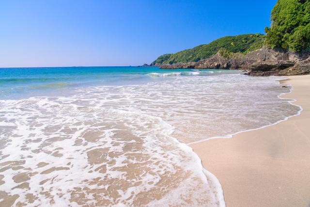 【南伊豆・吉佐美温泉】空と海!自然の恵みと豊かな湯量を楽しんで