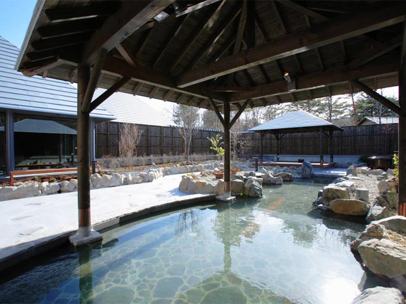 【羽鳥湖温泉】国内有数のpH9.8を誇るアルカリ泉質が自慢