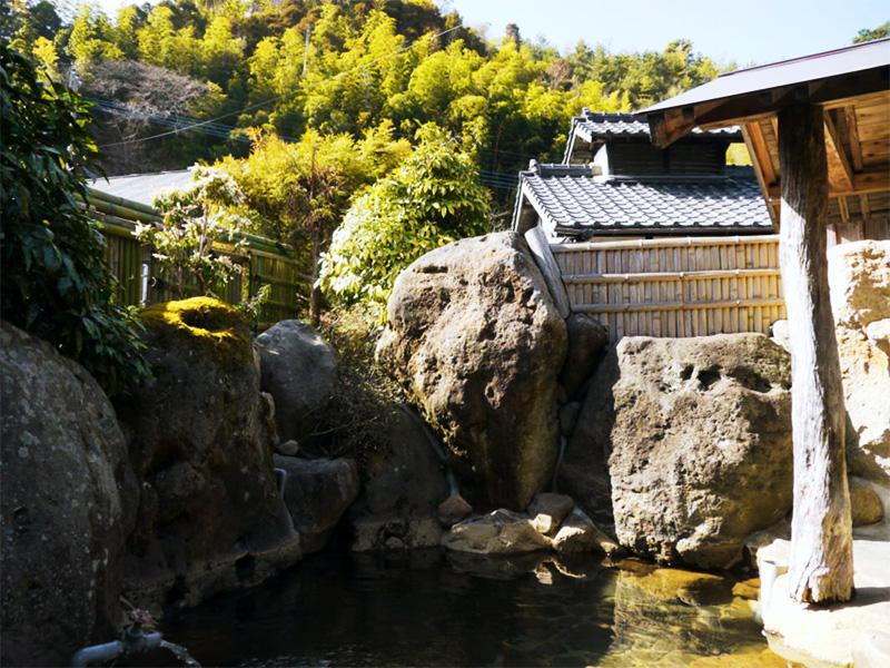 【湯坪温泉】九重連山に囲まれた里山の温泉地
